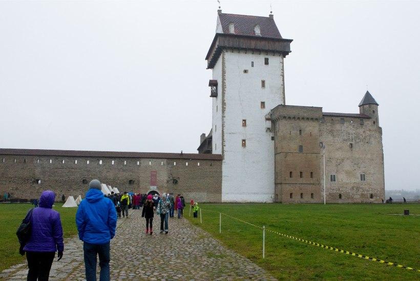 Narvas lagunes keskfraktsioon ja linnapeale avaldatakse umbusaldust
