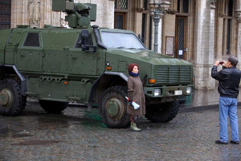 Erakorraline olukord võib Brüsselis kesta esmaspäevani
