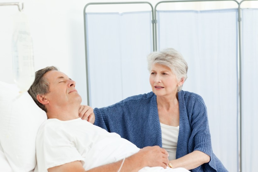 Palaviku alandamine paratsetamooliga ei muuda raskete haigete prognoosi