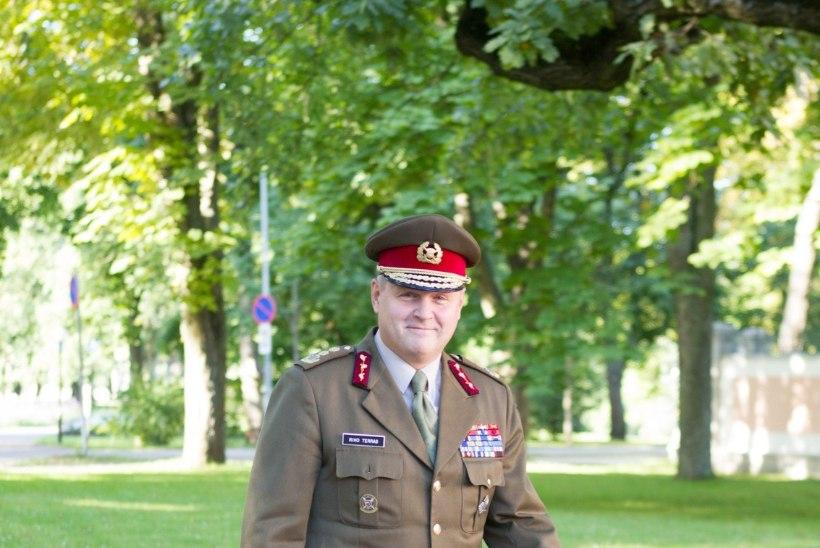Kaitseminister palub pikendada kindral Terrase ametiaega