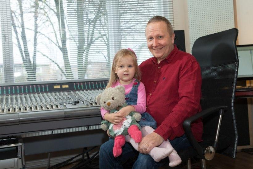 Värskes ajakirjas Naised: Toomas Lunge tütar ei luba isal kodus laulda