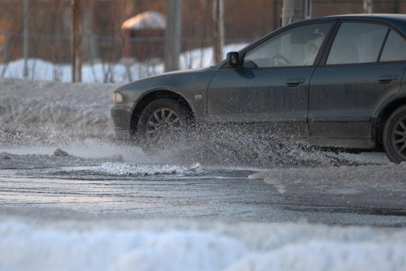 Tähelepanu, autojuhid! Tallinnas Tondi tänaval muutub täna liikluskorraldus