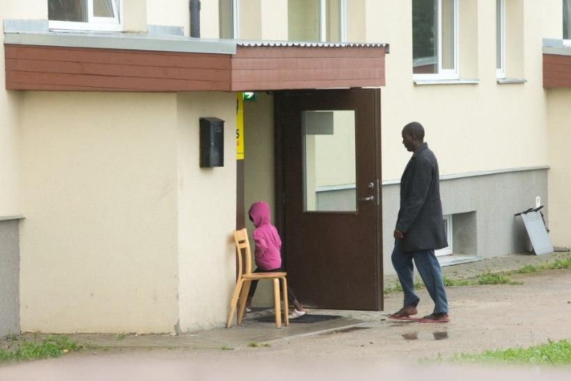 Vao pagulaskeskusestkümme inimest teadmata kadunud!