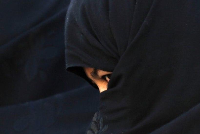 Õigusteadlane: miks burka kandmine segab suhtlemist rohkem kui suusamask