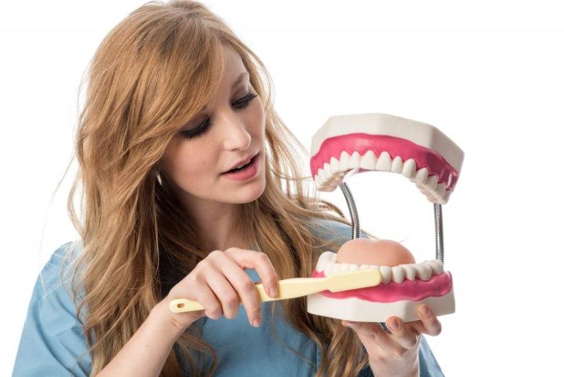 Hambaproteesid panevad kadunud naeratuse taas särama