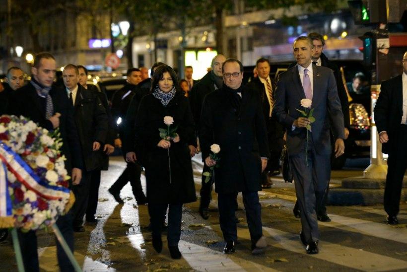 FOTOD   Pariisi saabunud Obama mälestas Bataclani kontserdimajas hukkunuid