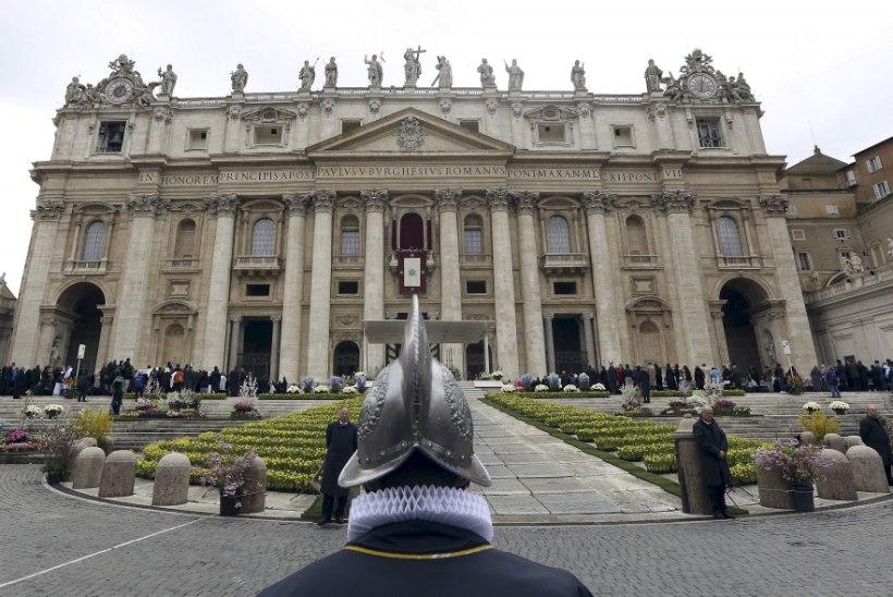 Vatikanis möllab korruptsioon?