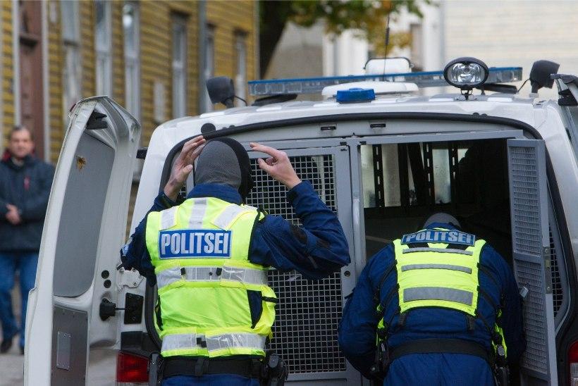 Eesti politseinikud suunduvad rändekriisist räsitud Sloveeniasse korda tagama