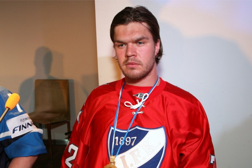 SUPER! Eesti hokimees Siim Liivik siirdus Soome tippklubisse