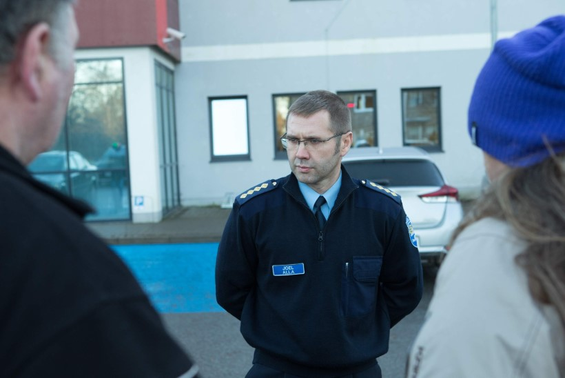 LEINAV ISA: politseimaja peaks olema turvaline koht, aga ometi poeg seal suri