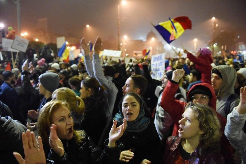 Bukarestis jätkuvad meeleavaldused