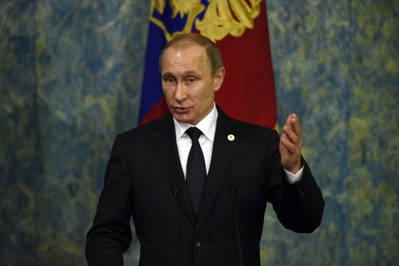 Putin: Türgi aitab Islamiriigil naftat müüa