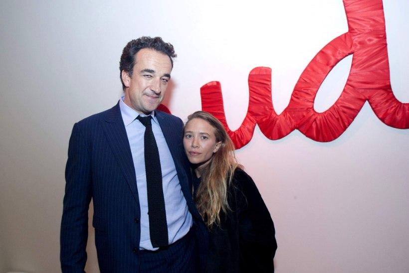 Endine titt-täht abiellus president Sarkozy vennaga