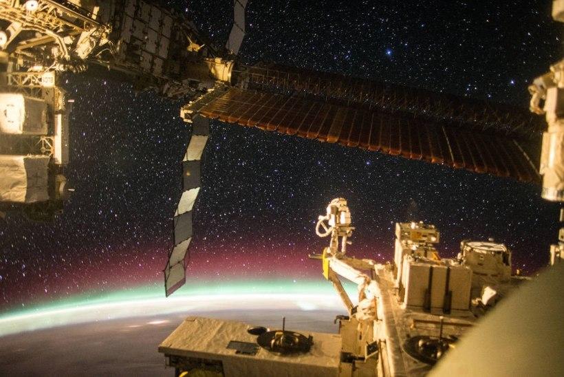 VAATA | Nii näevad kosmonaudid virmalisi