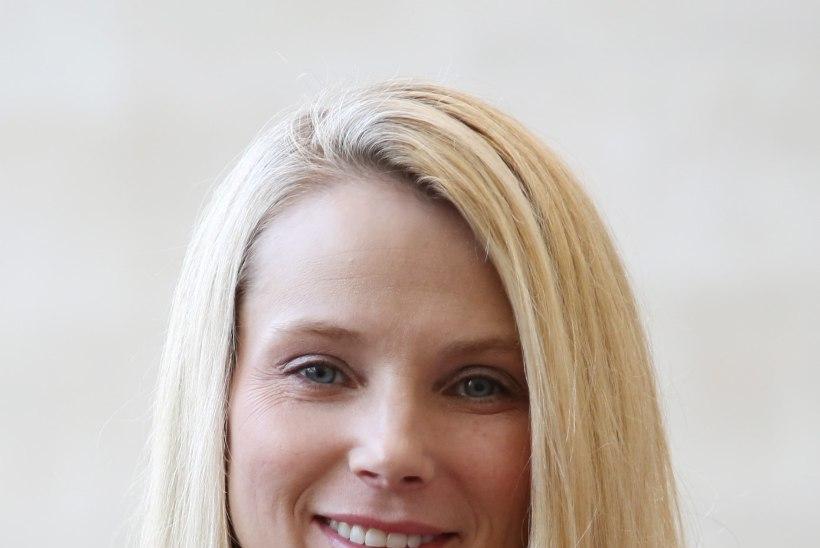 Yahoo boss sünnitas kaksikud