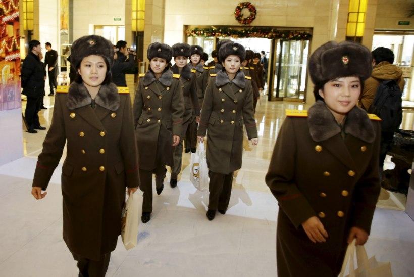 Kim saatis naistebändi Hiina missioonile