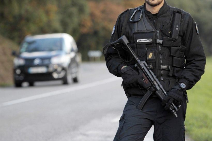 Prantsusmaal võeti kinni veel üks Pariisi terroriteos kahtlustatav