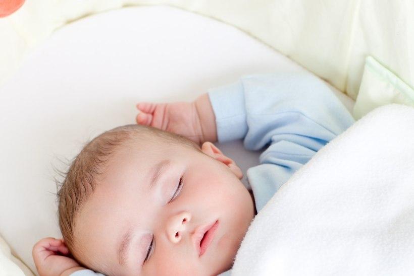 Võrevoodite pehmendused on imikutele eluohtlikud