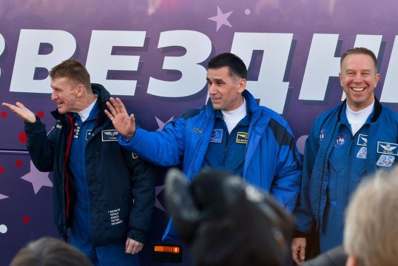 GALERII | Uus kolmik stardib Baikonurilt rahvusvahelisse kosmosejaama