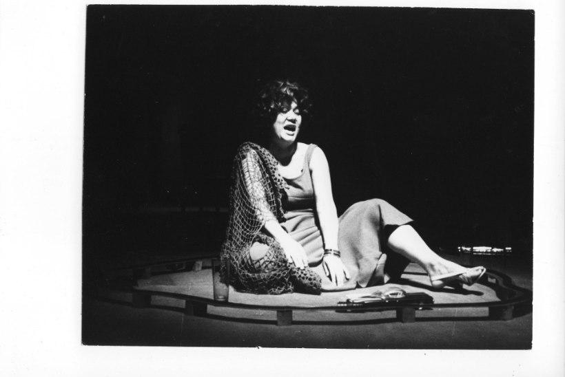 Suri näitlejanna Linda Rummo