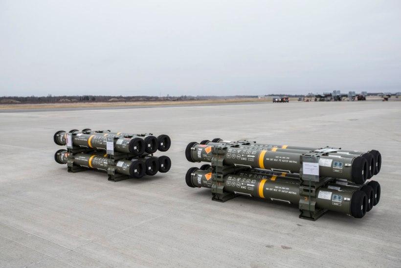 GALERII | Kaitsevägi sai kätte esimesed uue põlvkonna õhutõrjeraketid