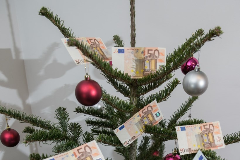 Riigiametnike jõulupreemiad peidetakse tulemustasudeks