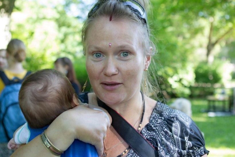 Eesti abielupaari loobiti Indias kividega. Naise vigastused on tõsised