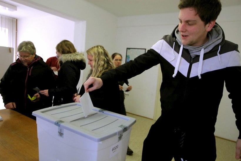 Sloveenlased hääletasid samasooliste paaride pereõiguste vastu