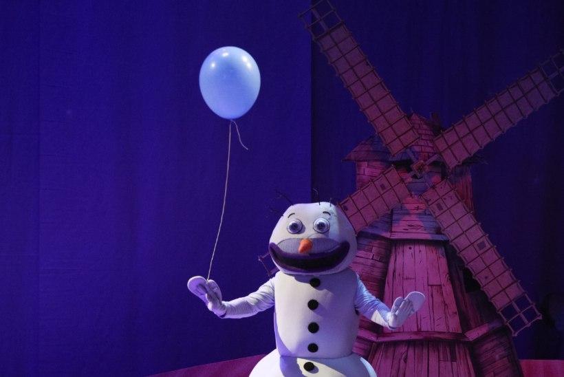 """""""Lumememme kostüüm on kui kaasaskantav saun."""""""