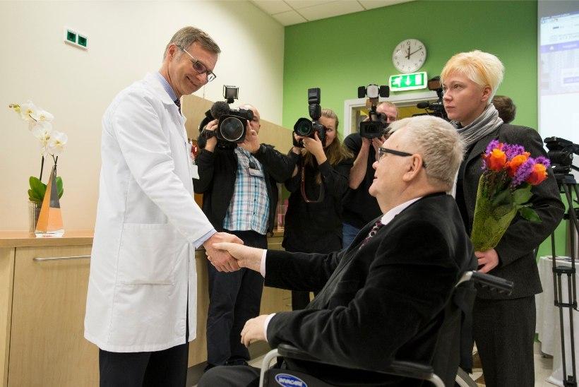 GALERII | Aasta arst 2015 on  Edgar Savisaart opereerinud kirurg Peep Talving