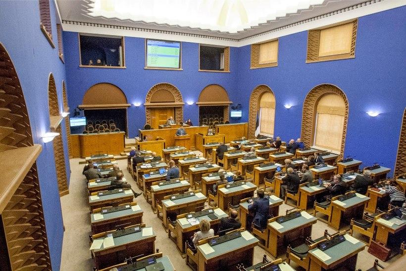 Põhjuseta puudumist paistab riigikogu töös vähemaks jäävat