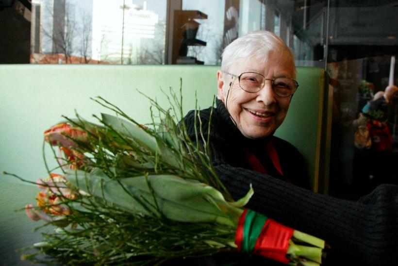 Suri näitlejanna ja teatripedagoog Inna Taarna