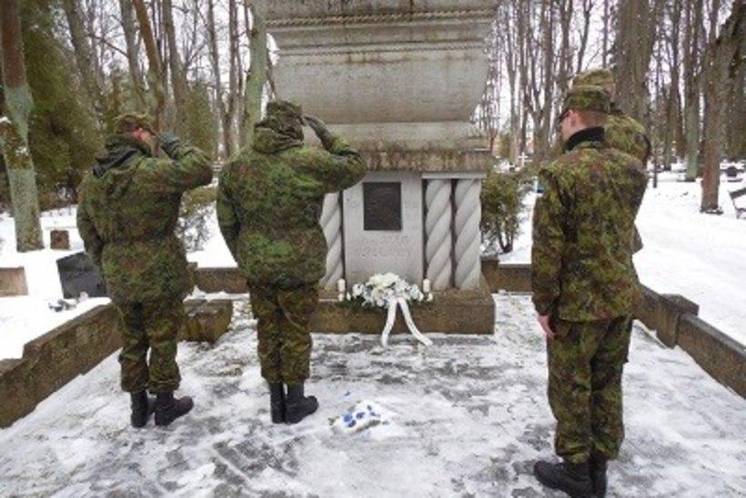 GALERII: kaitseliitlased mälestasid Julius Kuperjanovit