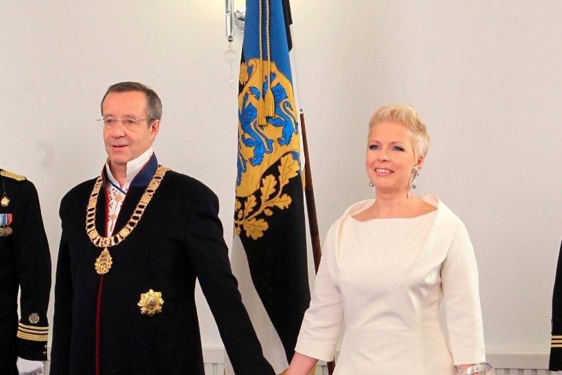 Ida-Viru omavalitsusjuhid: meie presidendi vastuvõtu ilutulestikku kinni ei maksa!