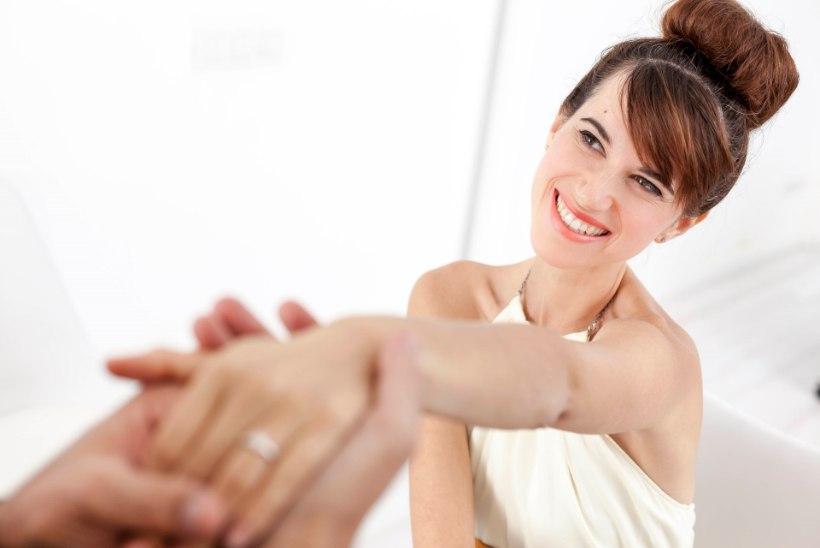 Kihlasõrmus: romantiline žest või praktiline päästerõngas?