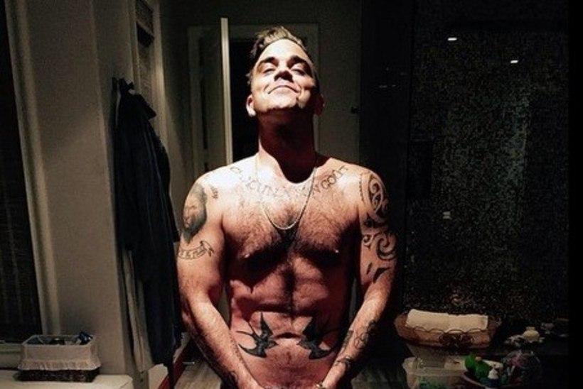 PILTUUDIS: Robbie Williams jagas sünnipäeva puhul alastifotot
