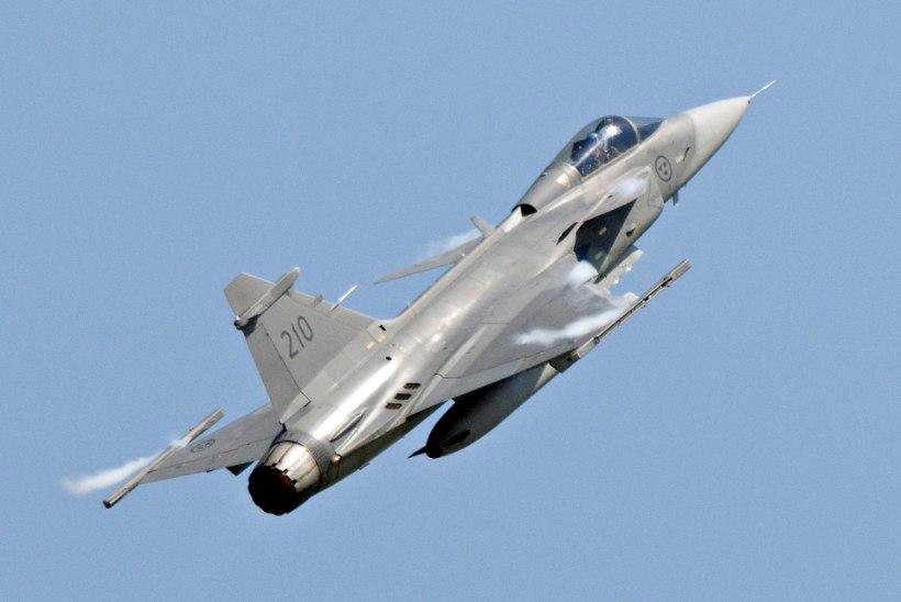 Expressen: Rootsi välisminister allus Putini survele ja lubas, et Rootsi lennukid ei maandu Ämaris