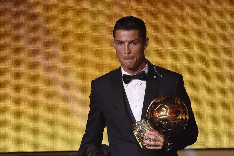 Ronaldo ostis lapse emalt ära
