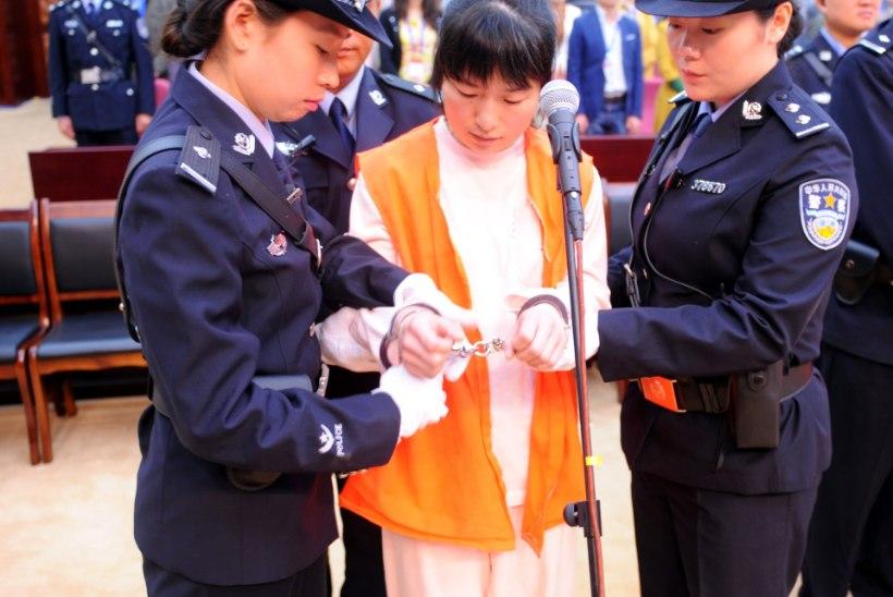 Hiinas hukati McDonald'sis naise surnuks peksnud isa ja tütar