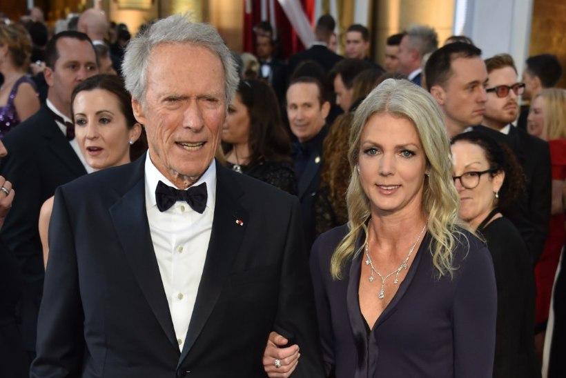 Eastwood näitas noort pruuti