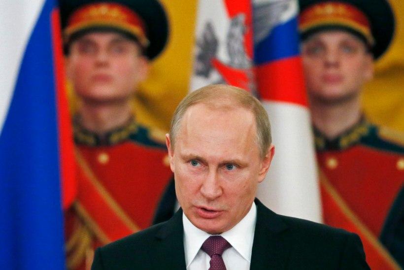 Putin eitas oma abi Surkovi osalemist snaiprite juhtimisel Maidanil