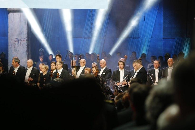 FOTOD: kuidas meeldis EV 97 kontsert Jõhvis?