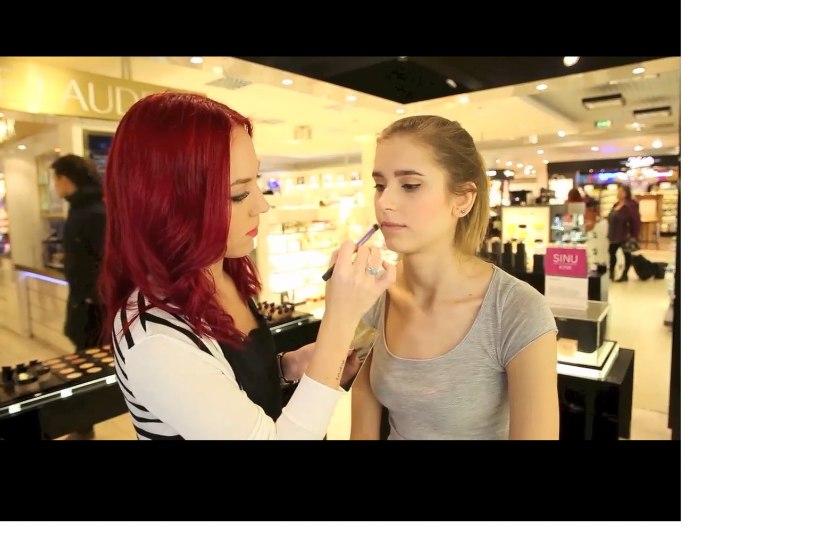 MEIGIKOOL: nipid, kuidas teha veatut punast huult!