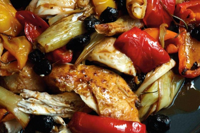 Röstitud kana paprika ja oliividega