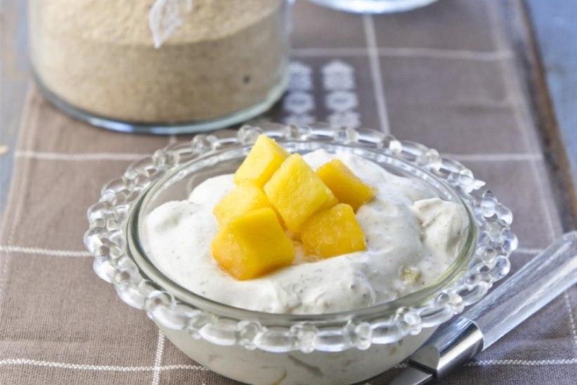 Kama-toorjuustukreem mangoga