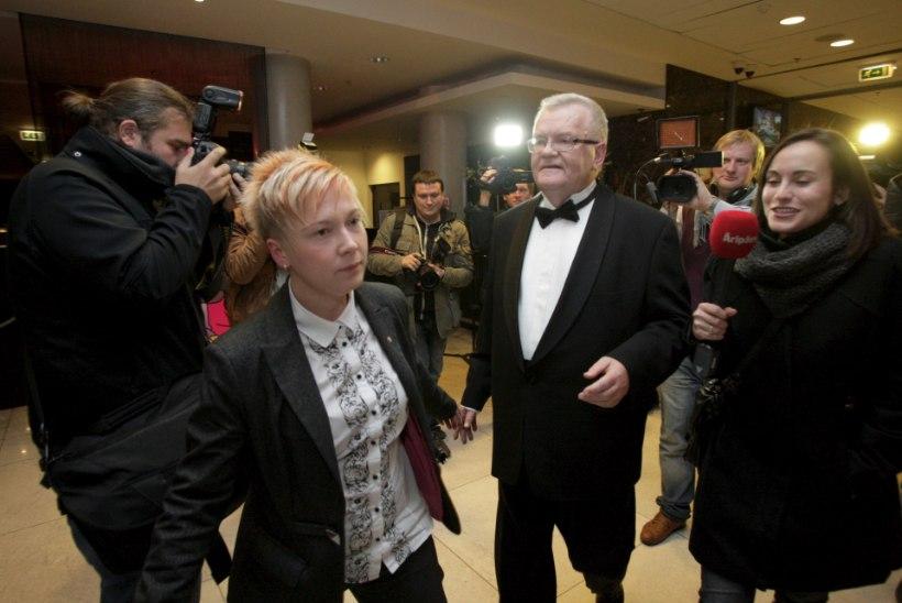 Valimispidude virvarr: kes küsib 30 eurot piletiraha, kes peab pidu Koplis