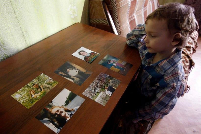 Riigireetmises kahtlustatav seitsme lapse ema Svetlana Davõdova sai vanglast välja