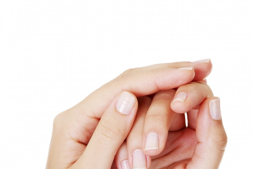 Kas sõrmede naksutamine rikub liigesed?