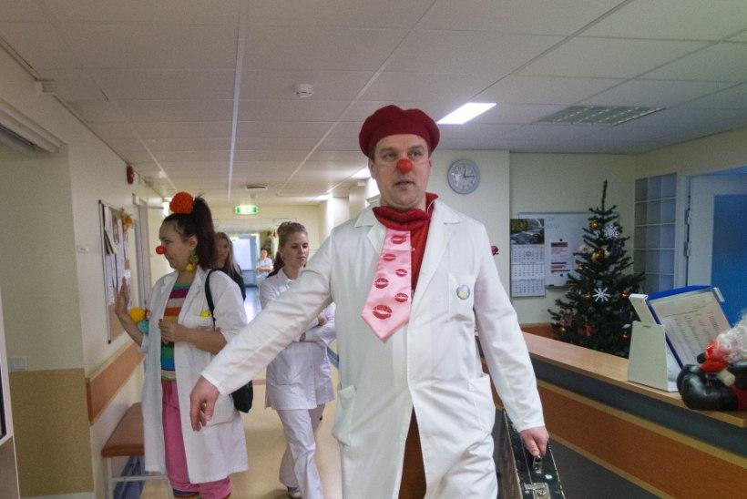 Doktor Kloun teeb haige lapse päeva helgemaks