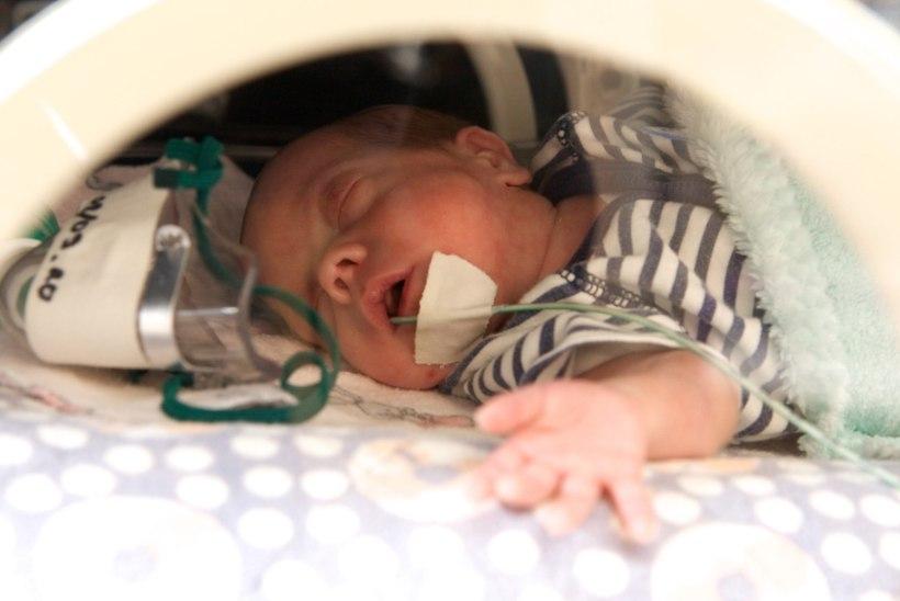Arstid päästsid pooliku südamega sündinud poisi elu